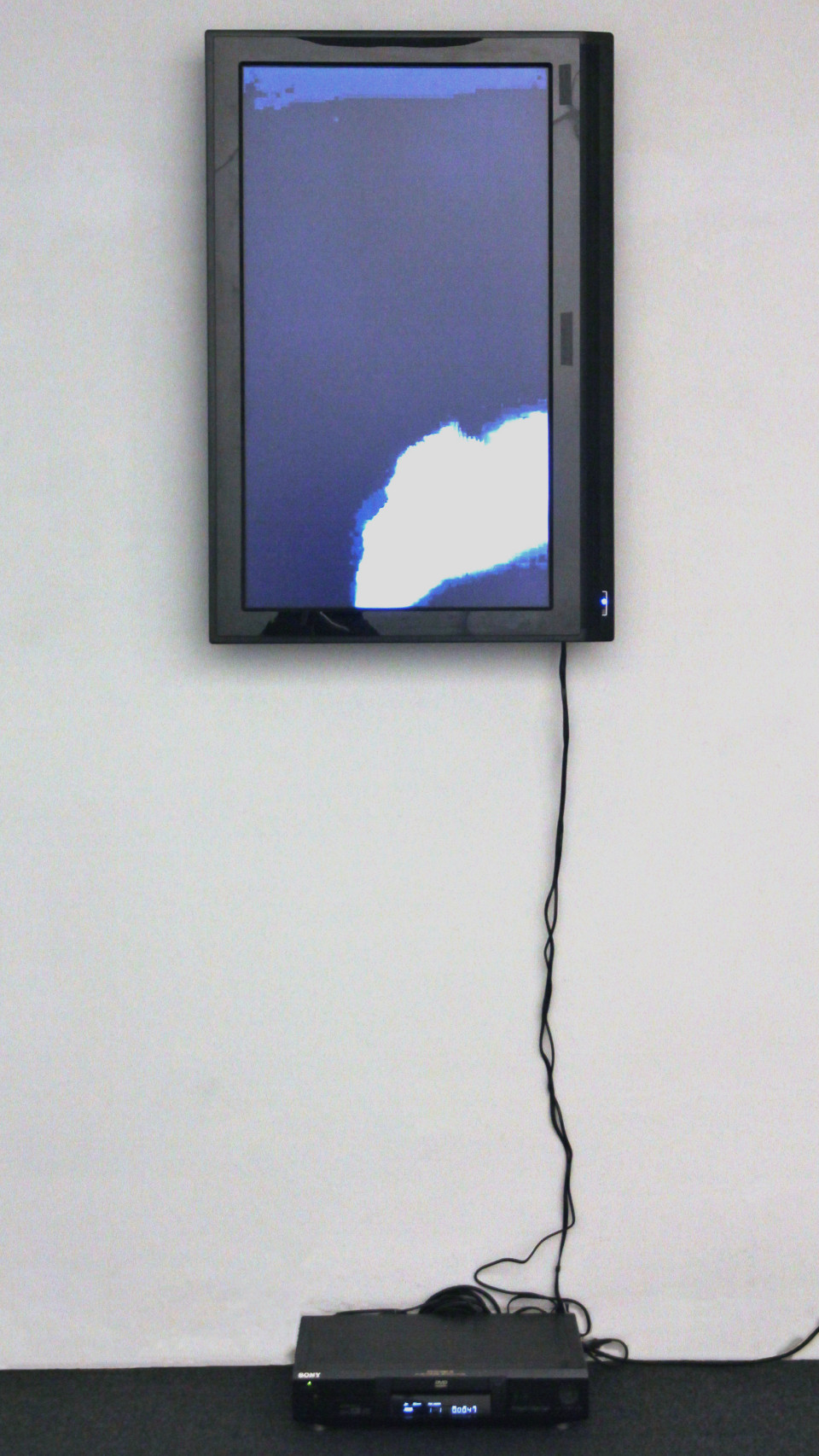 Explosions in the Sky (installation view). Courtesy: Placentia Arte Gallery, 2011.